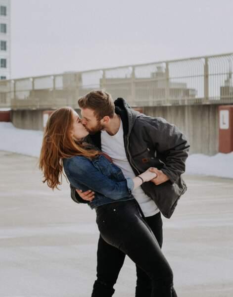 20 160 minutes, c'est le temps de notre vie que l'on passe à embrasser quelqu'un (lèvres contre lèvres)