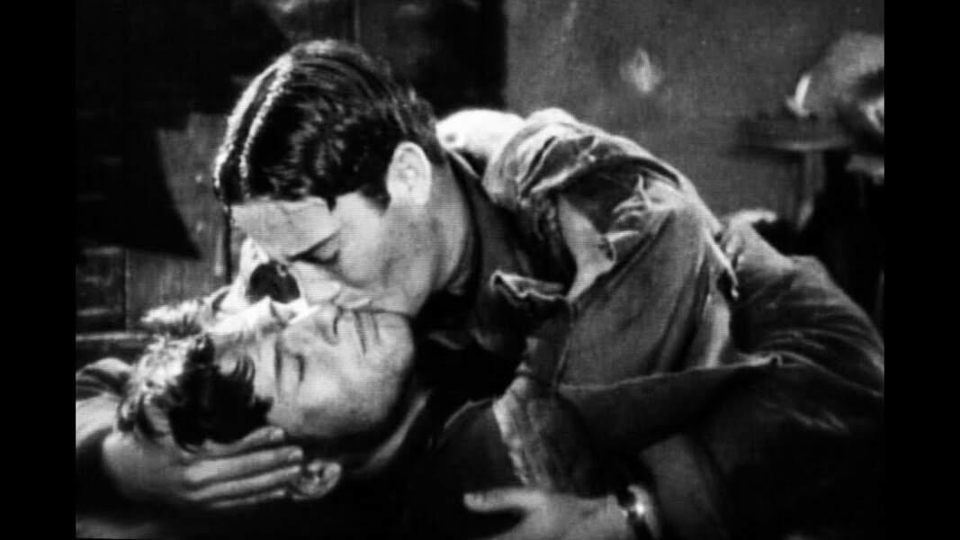 Le premier baiser échangé par deux hommes dans un film date de 1927