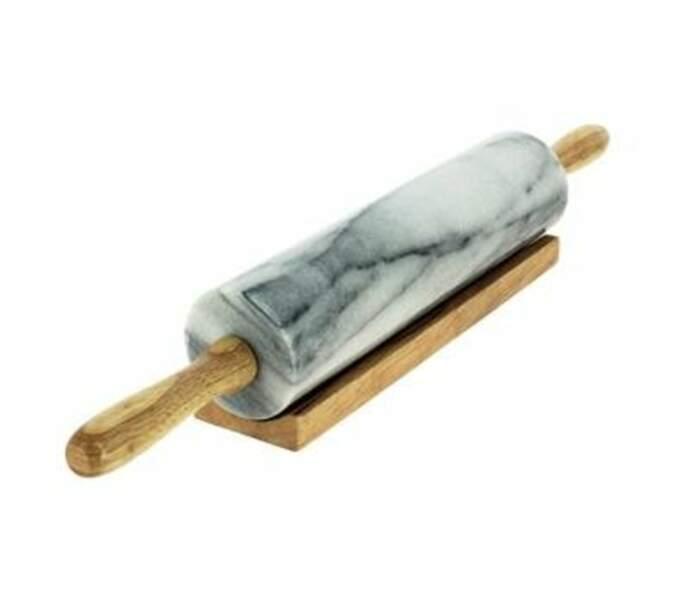 Un rouleau à patisserie en marbre