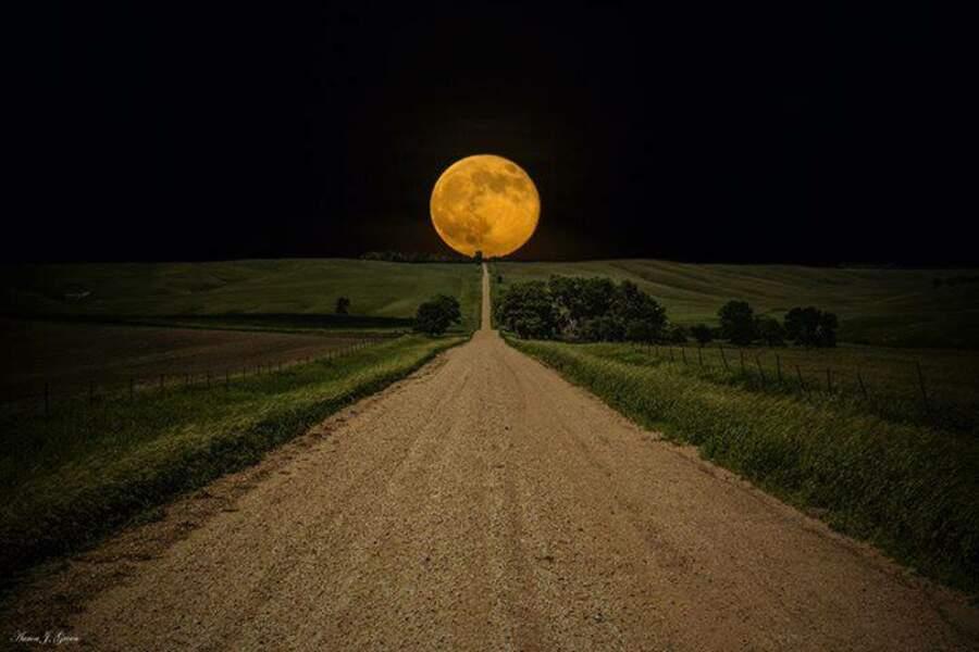 Super Lune au Dakota du Nord
