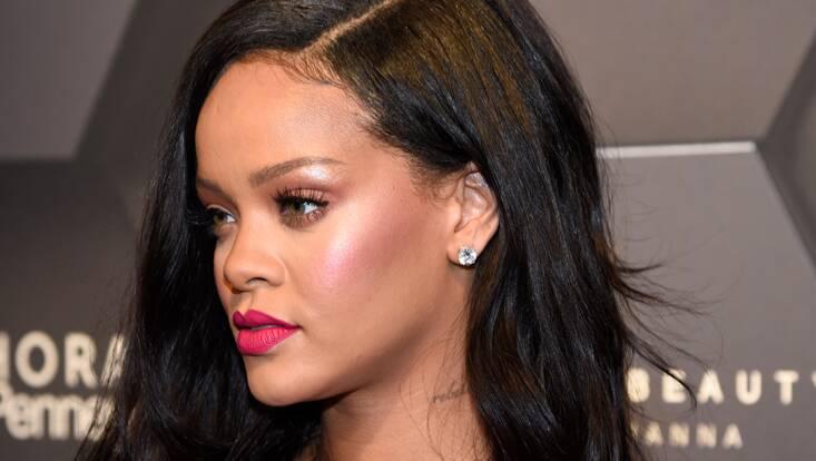 Rihanna : son look pour célébrer les 1 an de Fenty Beauty