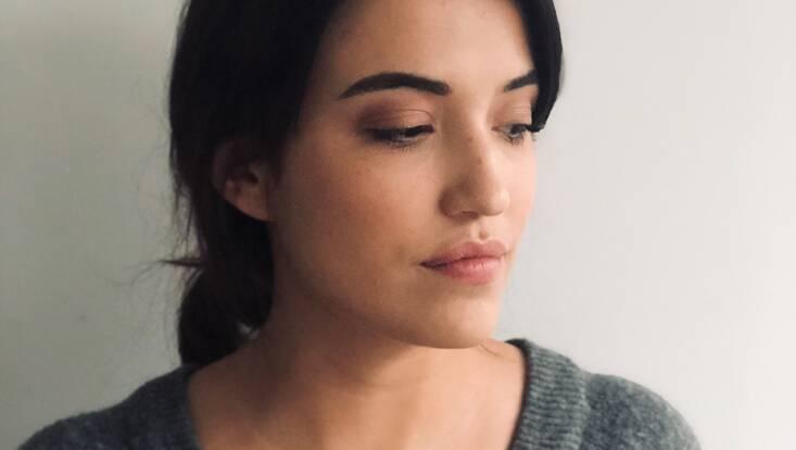 """Tuto maquillage : comment réaliser un """"no make up"""" make up pour les fêtes"""