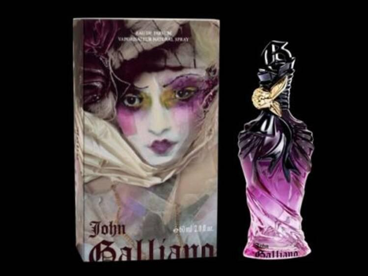 Un Testeuses Tout Dans John Galliano De Parfum Les L'univers Lq3ARc54j