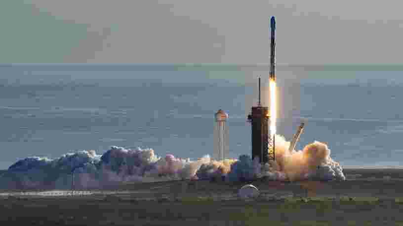 SpaceX affirme avoir réussi à rendre un satellite Starlink moins lumineux