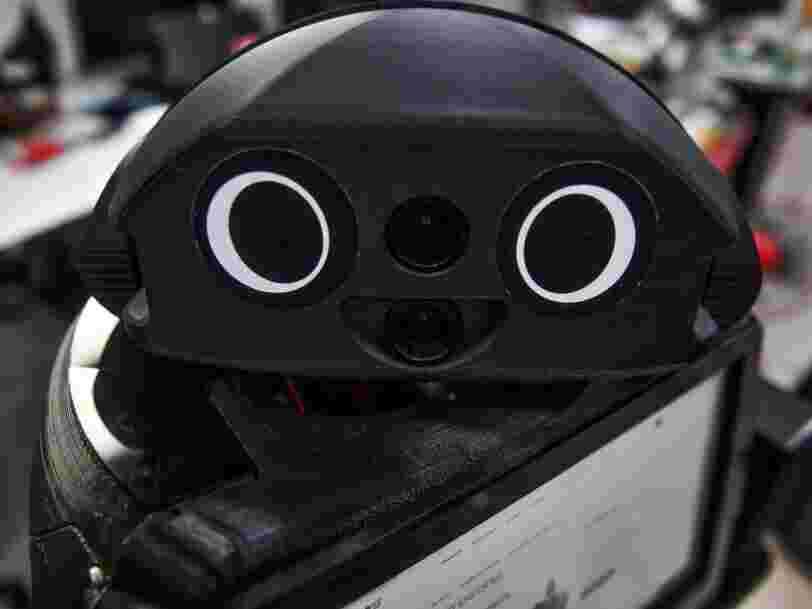 En Thaïlande, des 'robots ninja' veillent sur les patients atteints du Covid-19