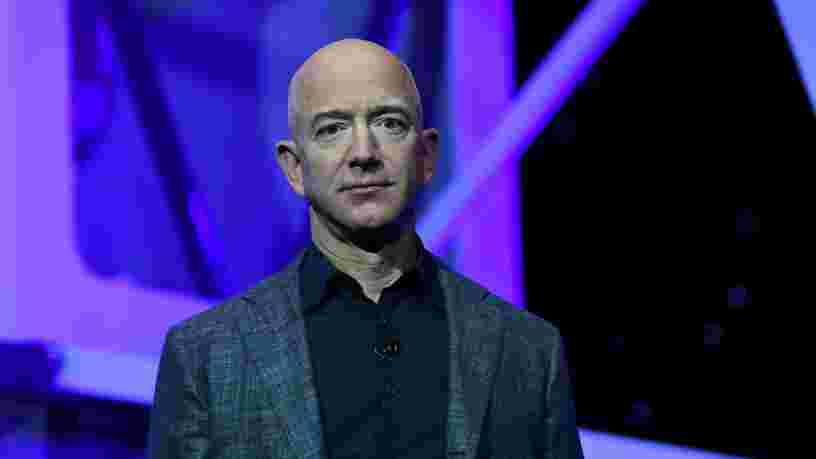 Jeff Bezos a laissé entendre qu'Amazon pourrait livrer des tests de dépistage du Covid-19 dans le monde entier
