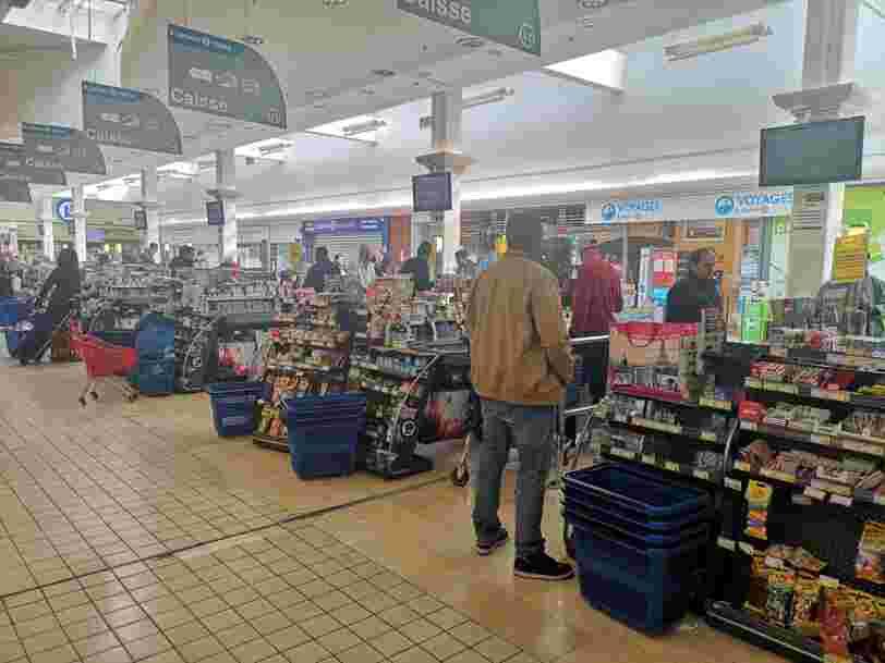 Les hypermarchés, grands perdants du confinement face aux plus petits magasins et aux drives