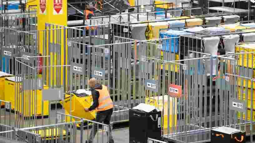 Les entrepôts d'Amazon en France vont rester fermés jusqu'au 5 mai