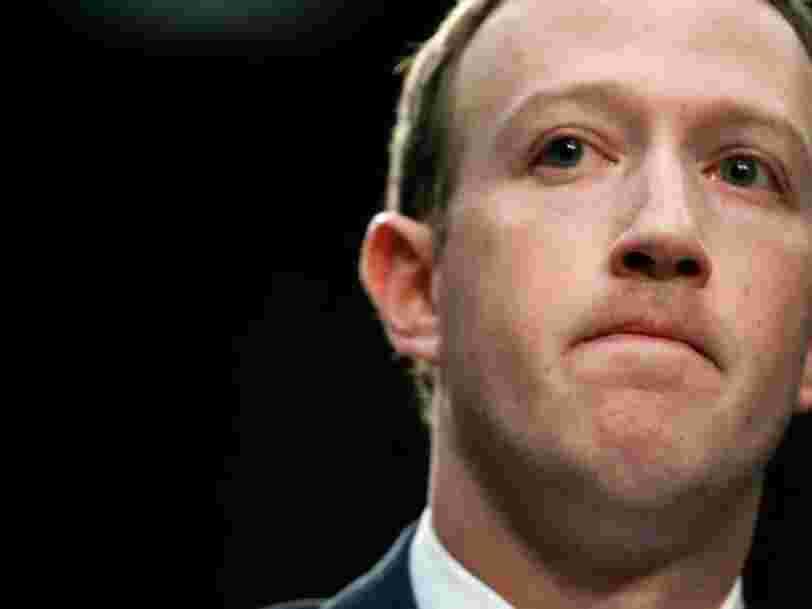 La lutte de Facebook contre les 'fake news' liées au Covid-19 pourrait forcer le réseau social à combattre davantage la désinformation