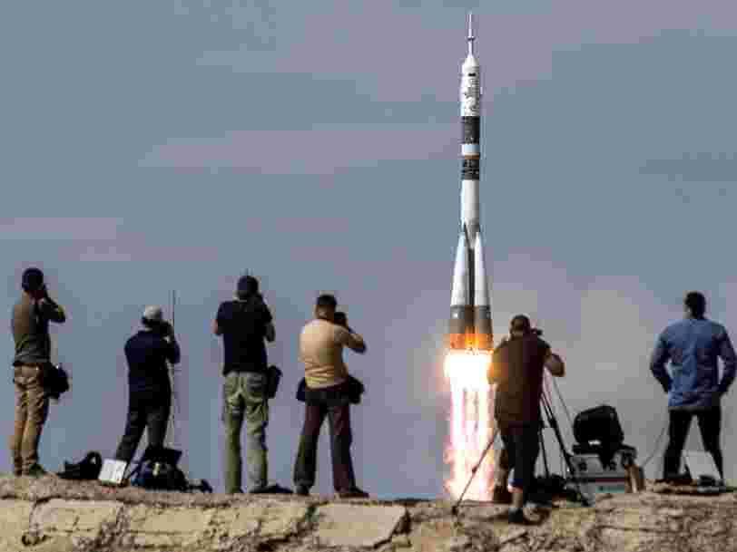 La NASA s'assure un siège sur un Soyouz russe au cas où la Crew Dragon ne serait pas opérationnelle à temps