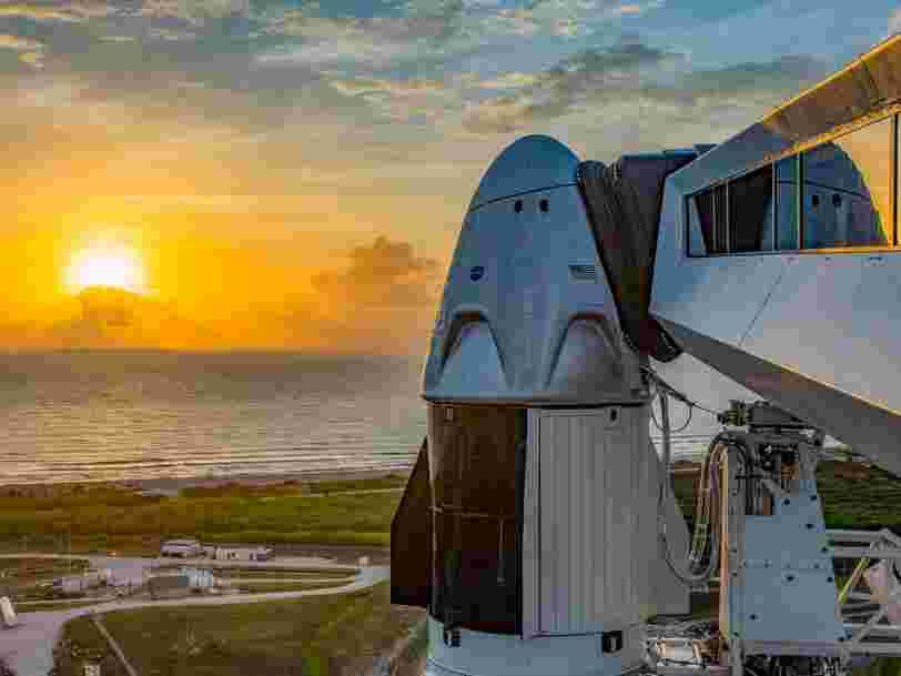 Le premier vol habité de SpaceX a été annulé juste avant le décollage et reprogrammé pour samedi en raison du mauvais temps