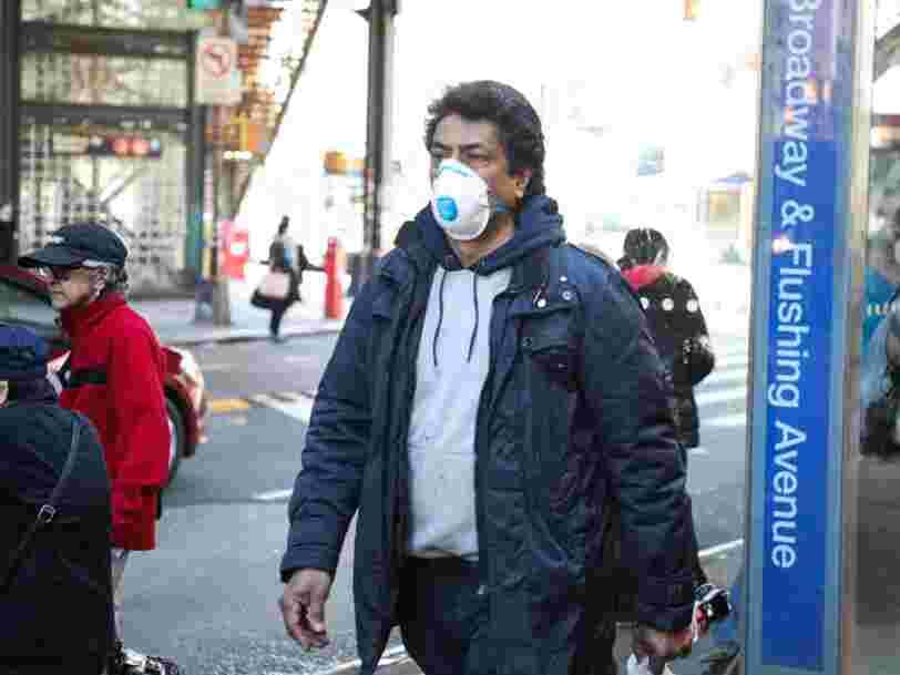 Les masques avec une valve laisseraient passer le coronavirus