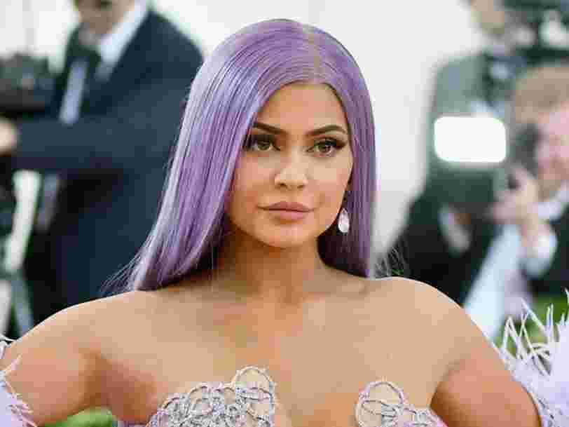 Coty accusé d'avoir volé des secrets industriels aux marques cosmétiques de Kim Kardashian et Kylie Jenner