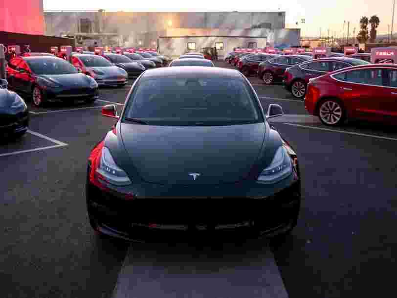 Tesla est devenu le constructeur automobile le plus cher en Bourse