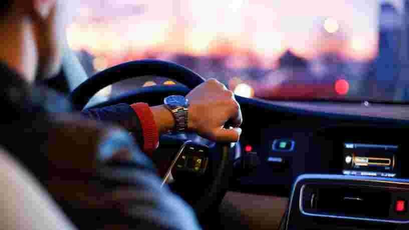 Vous allez payer plus cher vos courses Uber courtes à Bordeaux et Lyon