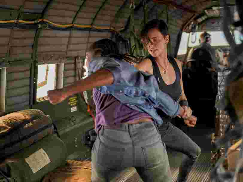 'The Old Guard' sur Netflix : comment Charlize Theron et Kiki Layne ont réalisé la bagarre dans l'avion sans doublure