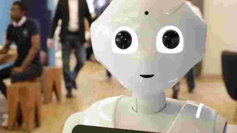 Ces 20 robots mignons ou effrayants officient dans des magasins et restaurants