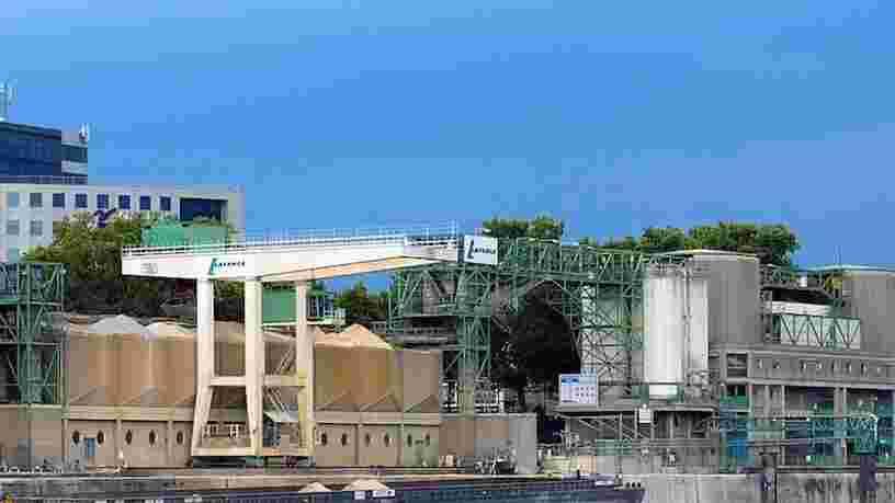 Lafarge déverserait du béton dans la Seine en plein Paris depuis des années