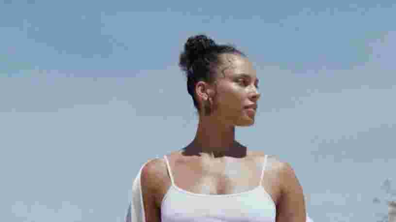 Alicia Keys lance sa propre gamme de cosmétiques développée avec des dermatologues