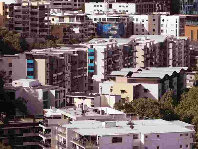 Plus d'1 personne sur 10 a vécu le confinement dans un logement surpeuplé