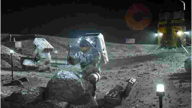 La Nasa a découvert de la glace d'eau sur la Lune qui pourrait être exploitée pour un voyage vers Mars