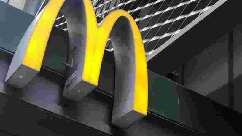 Des employés de McDonald's malades du Covid-19 disent avoir été contraints de travailler aux États-Unis