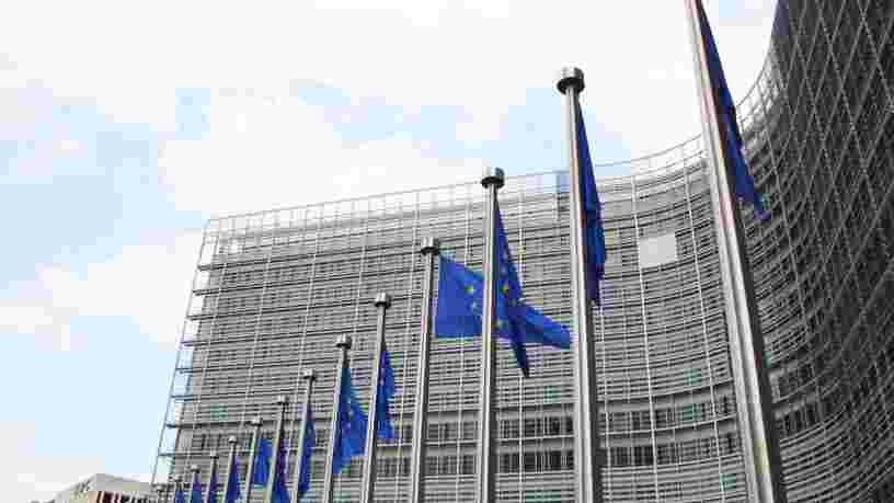 Le plan de relance européen bloqué par le veto de la Hongrie et la Pologne