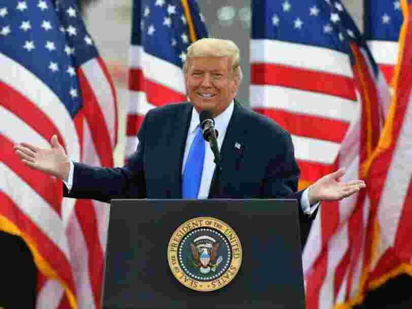 Donald Trump a laissé entendre qu'il allait se représenter en 2024 lors d'une fête de Noël à la Maison Blanche