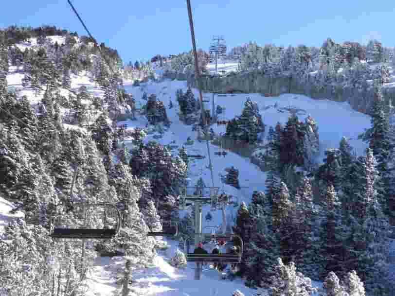 Voici comment le gouvernement compte empêcher les Français de skier pendant les fêtes