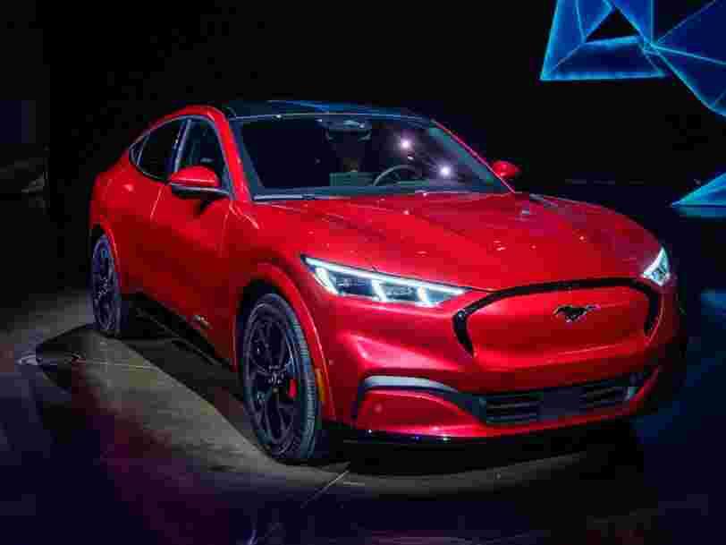 Le patron des véhicules électriques chez Ford chambre Tesla en ventant sa Mustang Mach-E