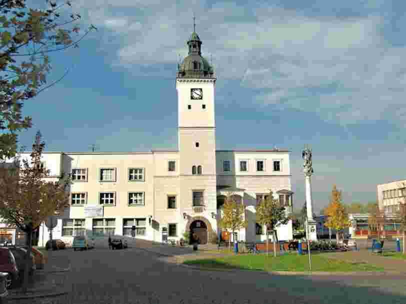 Une ville tchèque va créer une 'coronamonnaie' pour relancer son économie