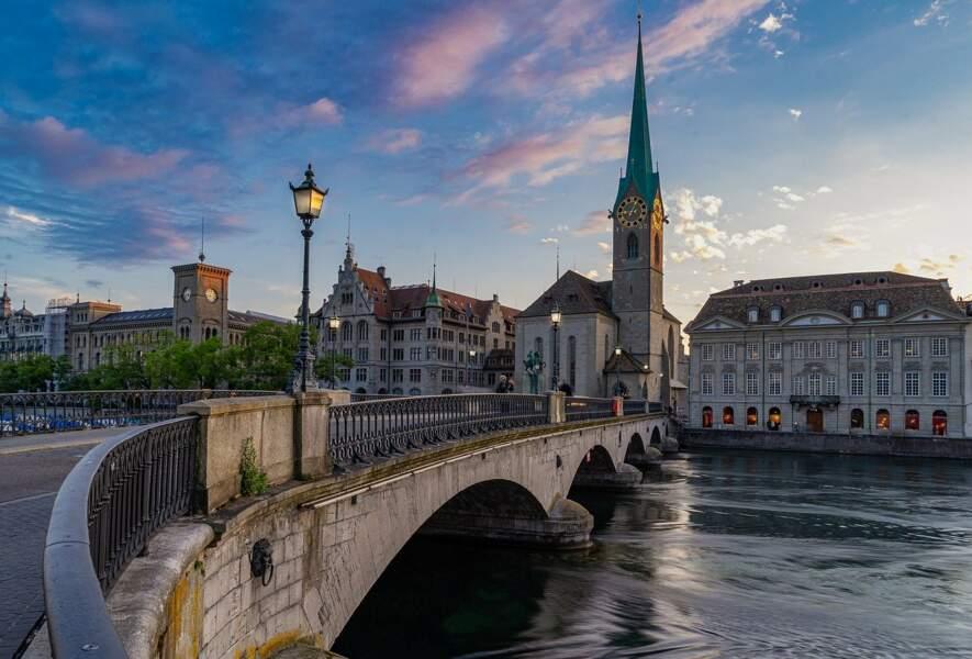 5- La Suisse