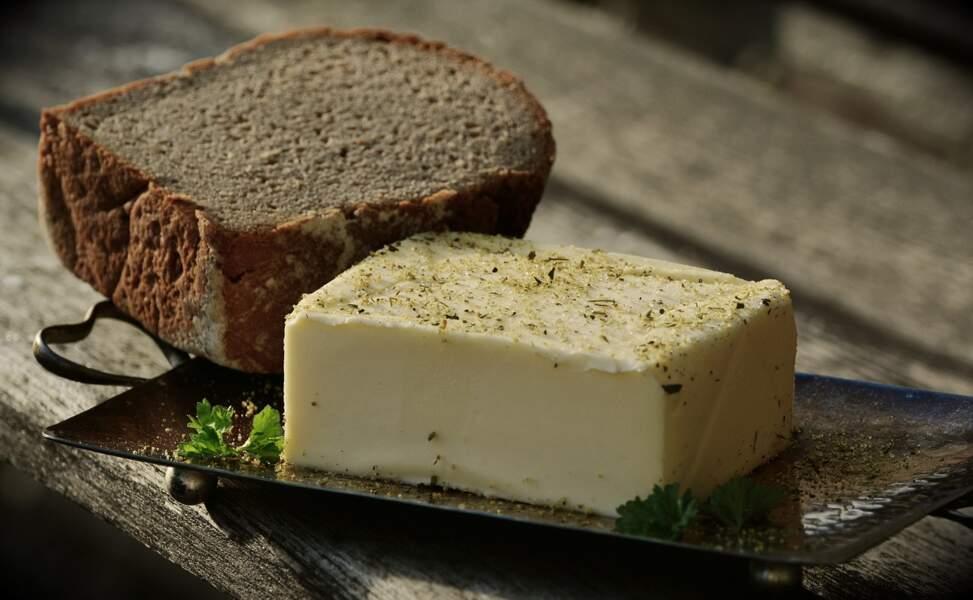 Remplacez le beurre des tartines par de la purée de noisettes ou d'amandes