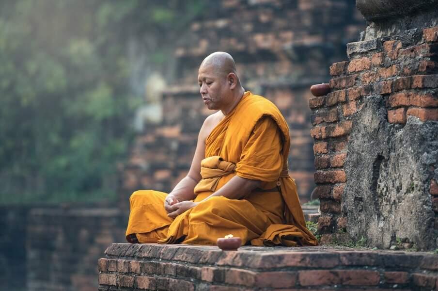 4/ Les bouddhistes