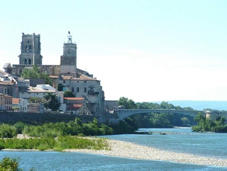 Pont-Saint-Esprit (Gard), l'emprise de la CIA