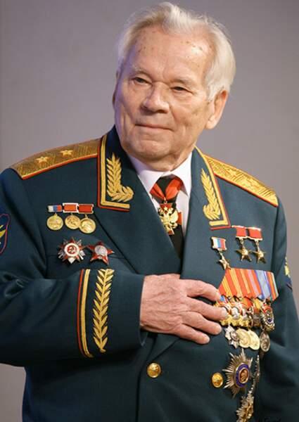 Mikhaïl Kalachnikov - La kalachnikov