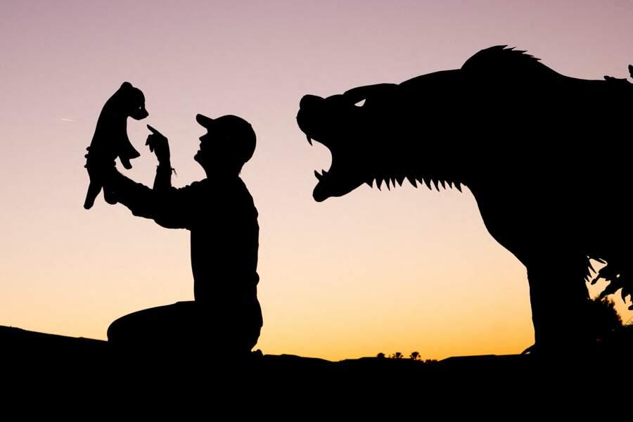 John Marshall trouve un ourson