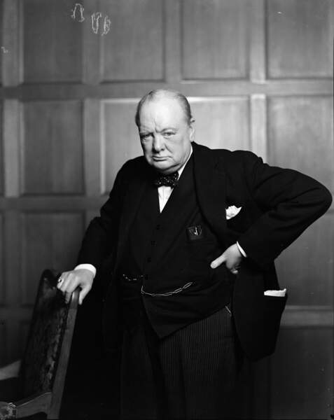 13. Il a beaucoup d'ennemis… dont Winston Churchill