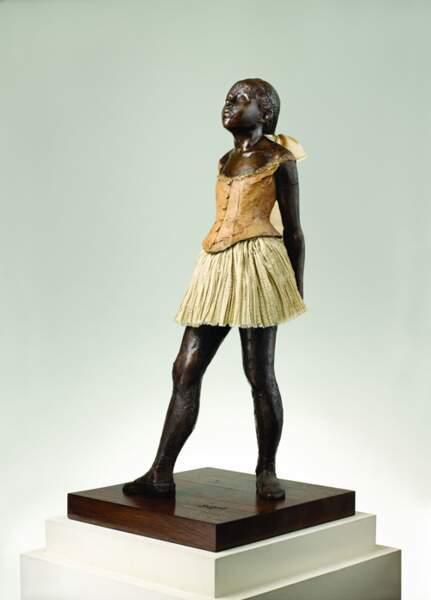 """""""La petite danseuse de 14 ans"""" de Degas est trop dépravé."""