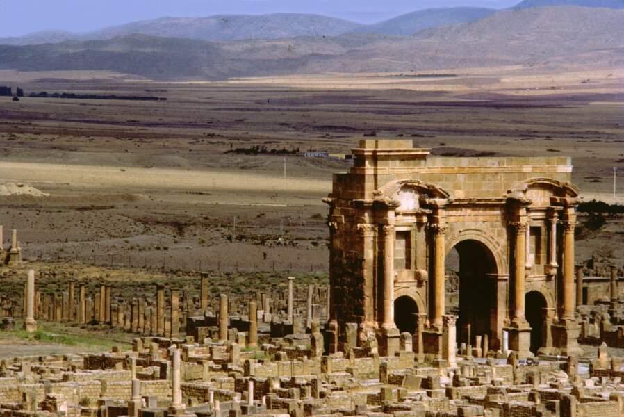Arc de Trajan à Timgad (Algérie).