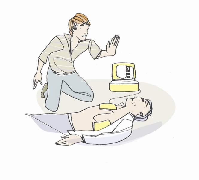 En cas d'arrêt cardiaque : le massage cardiaque et la pose de défibrillateur