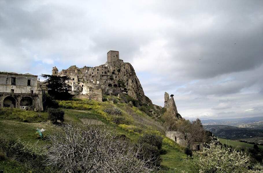 Craco, Italie : la géologie a chassé les villageois