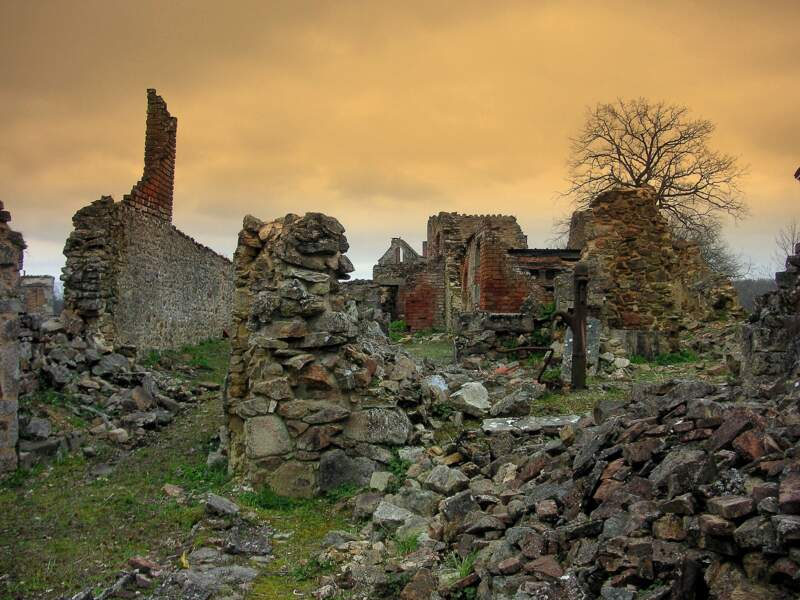 Oradour-sur-Glane, France : se souvenir de l'horreur
