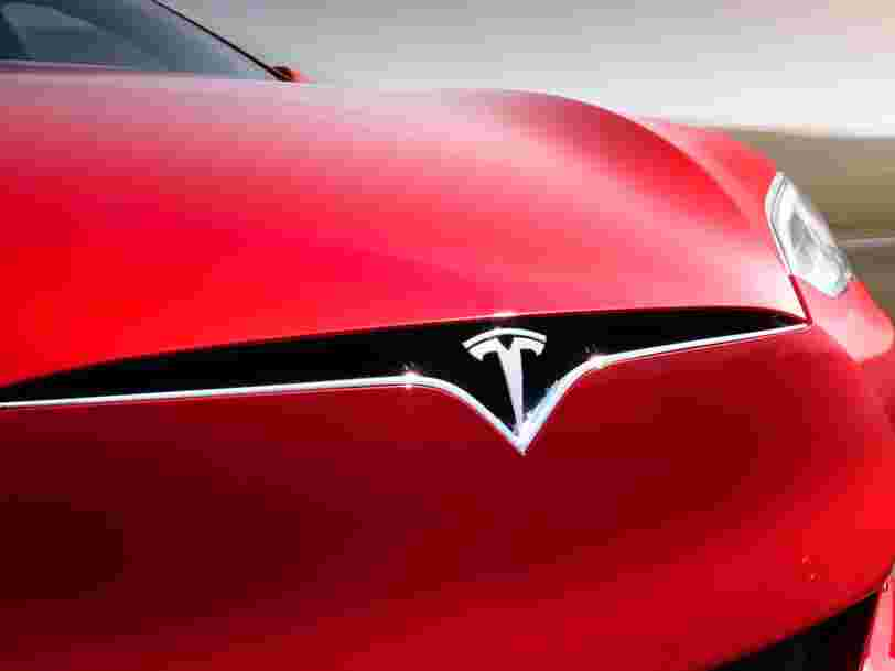 L'accident mortel d'une Tesla sème le doute sur les systèmes de conduite autonome