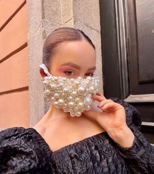 Masque perlé