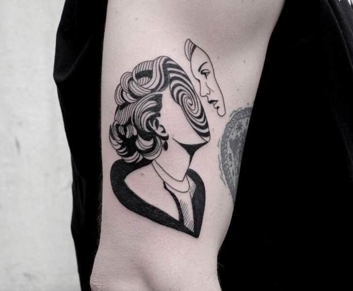 PAUSE : on a aussi plein de beaux tatouages à vous faire découvrir