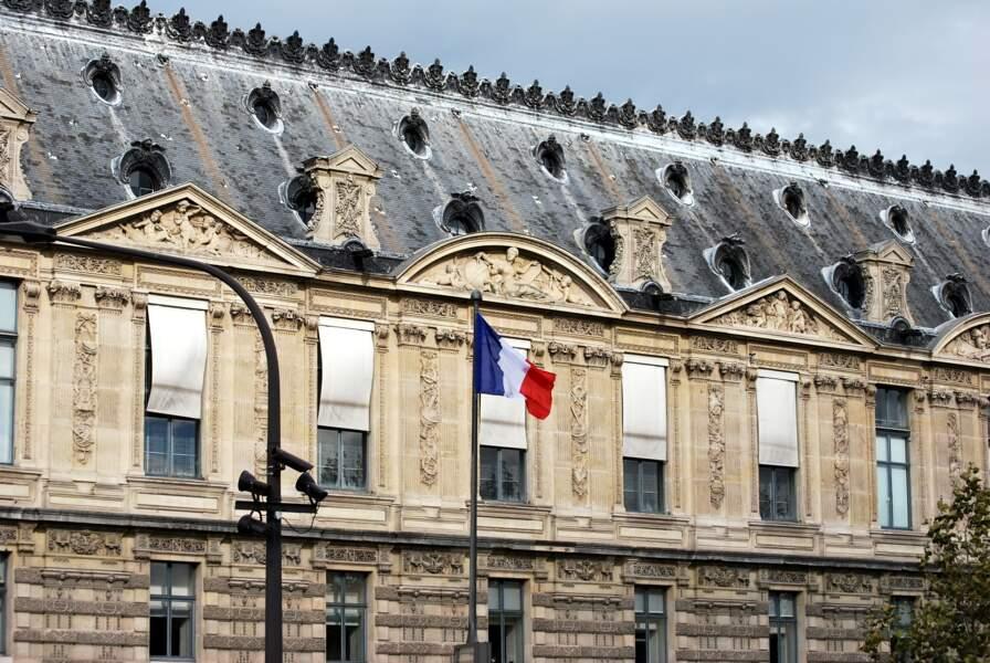 Il est interdit de parler autre chose que le français en France