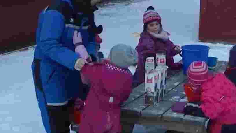 VIDEO: Découvrez l'école maternelle norvégienne où les enfants font classe en extérieur quel que soit le temps