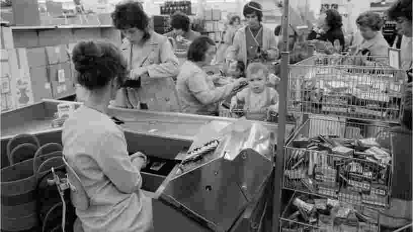 Prisunic, Mammouth, Shopi... Ces 7 enseignes de supermarchés aujourd'hui disparues ont marqué leur époque
