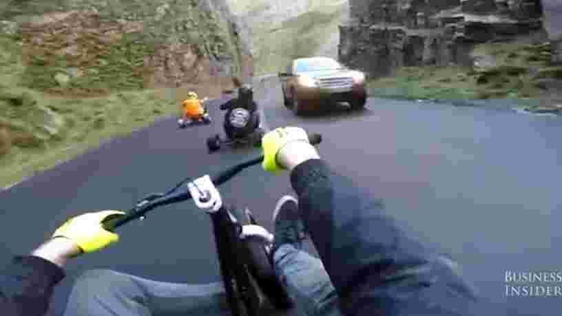 VIDEO: Une nouvelle tendance venue de Nouvelle-Zélande consiste à dévaler des routes sur un tricycle en dérapant — voici à quoi ressemble le drift trike